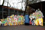 Warszawiacy uzbierali 1360 puszek karmy dla bezdomnych psów i kotów